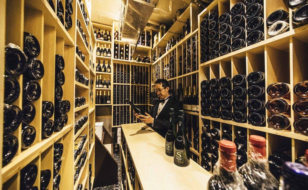 「レストランひらまつ 広尾」のワインセラー