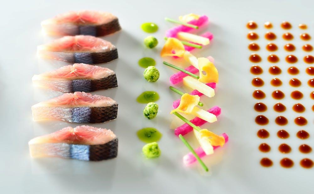 「TAKAZAWA」の料理