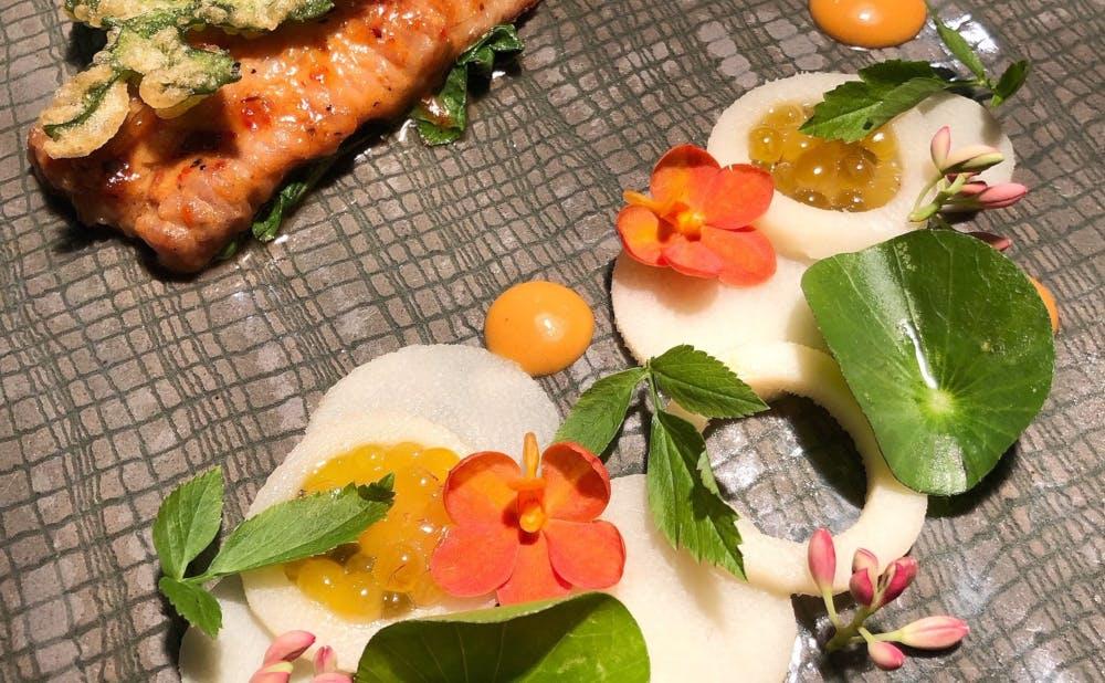 「COOK JAPAN PROJECT」参画シェフののトン・ティティッ・タッサナーカチョン氏×デッ・キウカチャー氏の料理