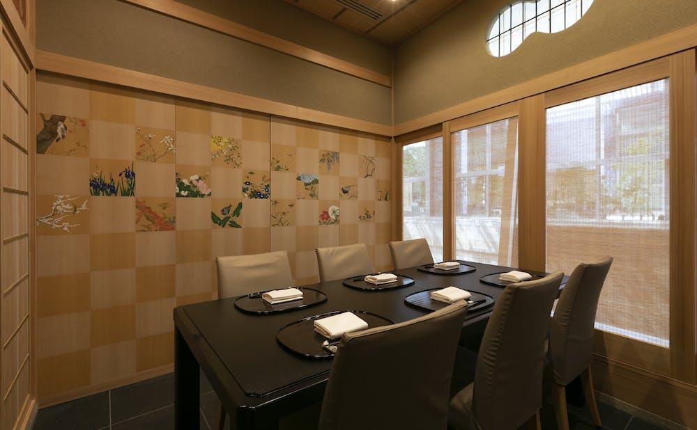 「よし澤」の個室