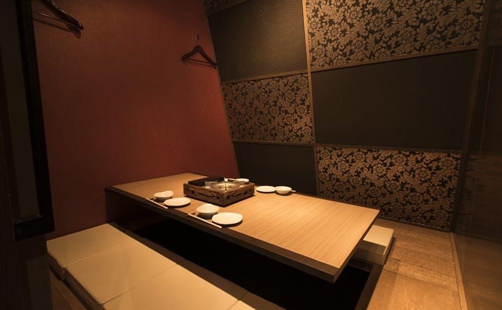 「豚しゃぶ 金豚」の個室