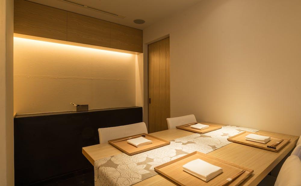 「料理屋 橘」の個室
