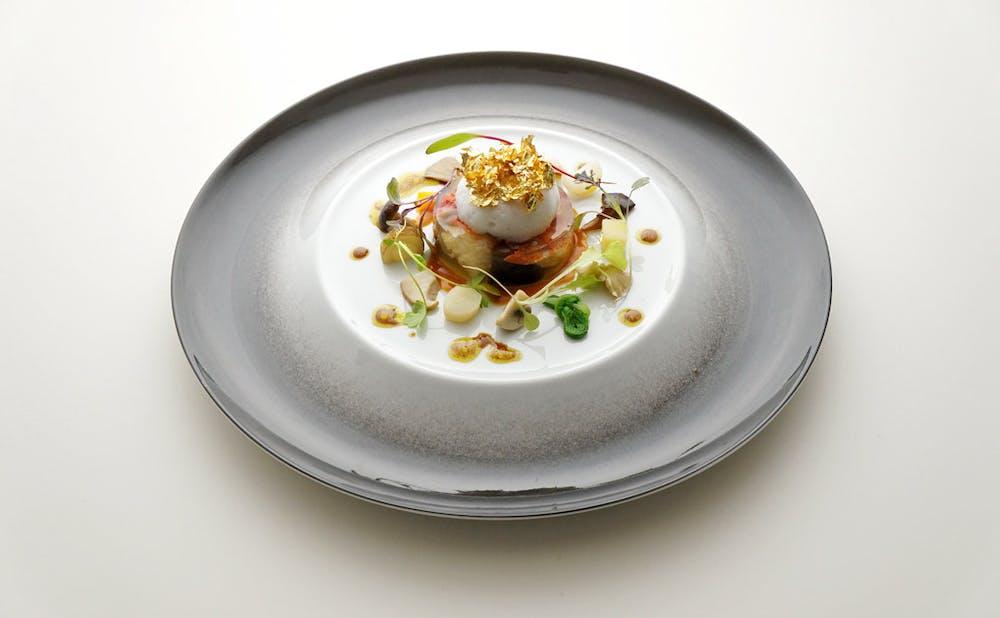 「オテル・ドゥ・ミクニ」の料理