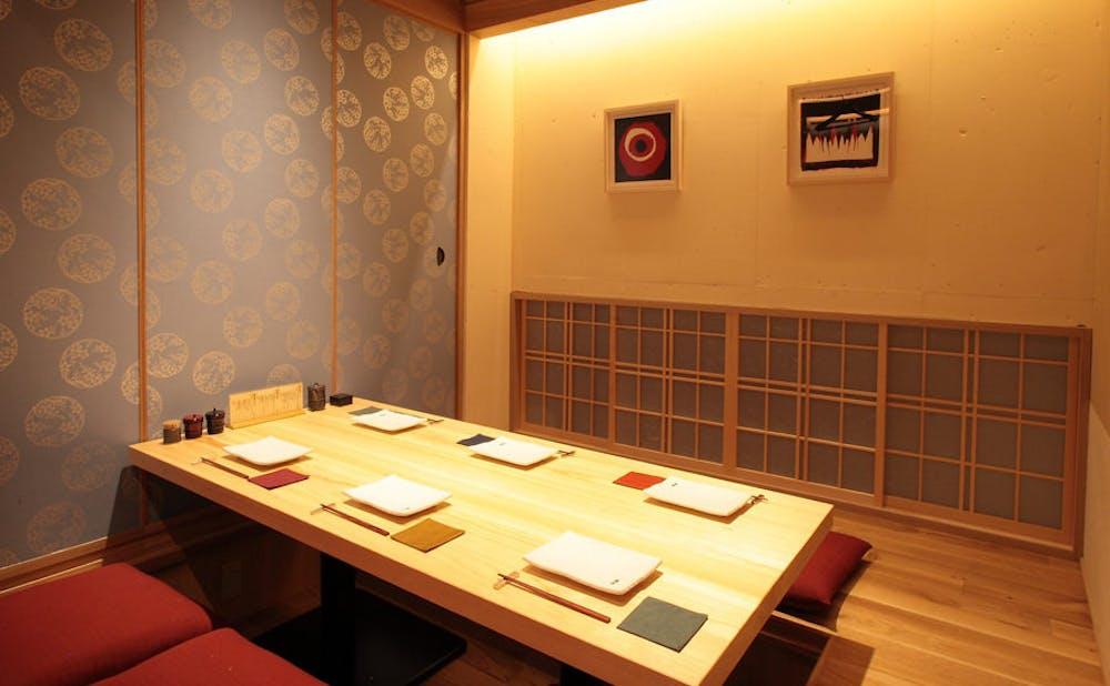 「観音坂 鳥幸」の個室