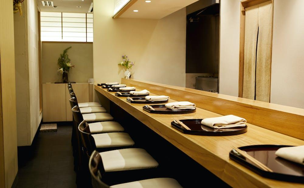 「日本料理 太月」のカウンター席