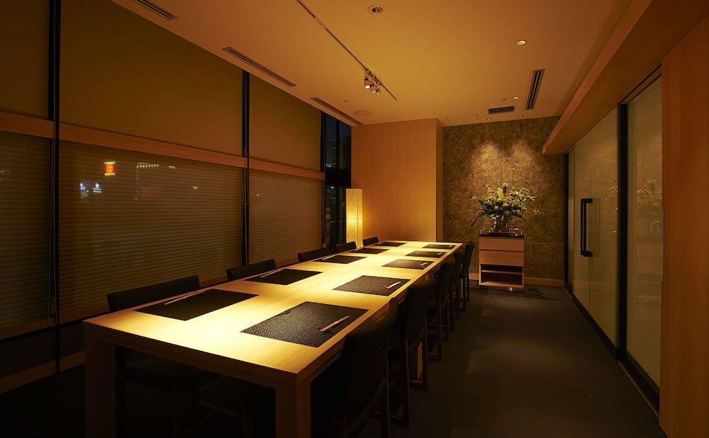 「鉄板焼 銀明翠 GINZA」の個室