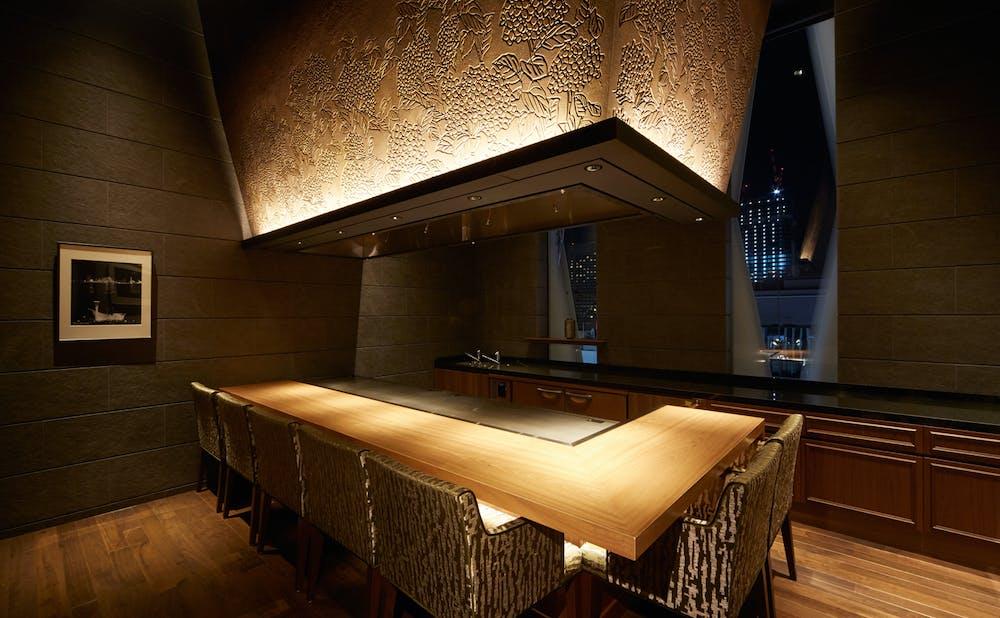 「神戸ビーフ鉄板焼 神戸プレジール銀座 」のカウンター個室