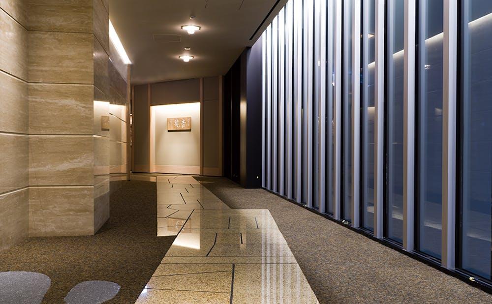 「銀座吉兆」の廊下
