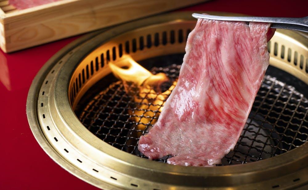 「肉 綾小路」の肉