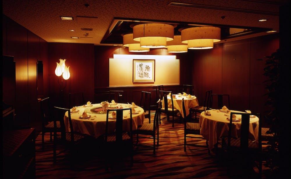 銀座 楼蘭(東京・銀座)のテーブル席
