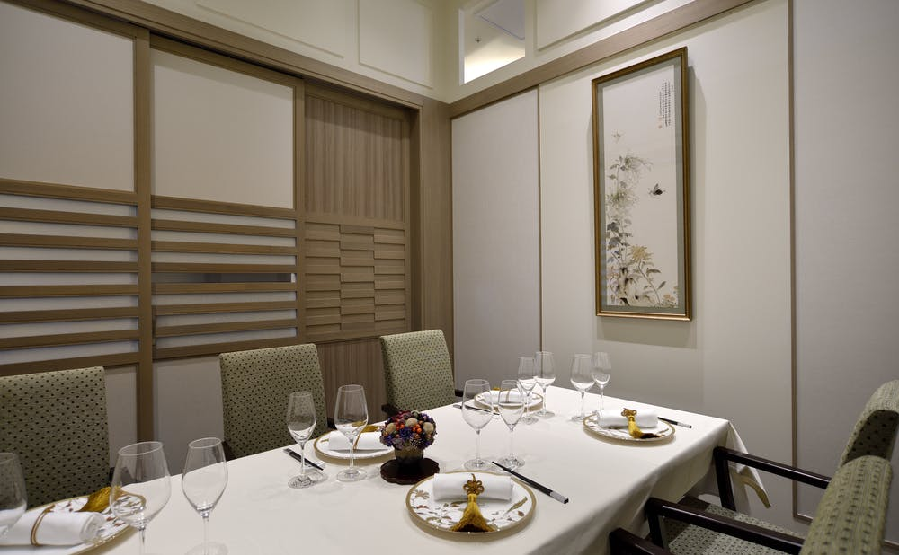 中国料理 礼華 四君子草(東京・日比谷)の個室