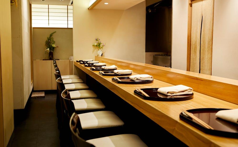 「日本料理 太月」の店内