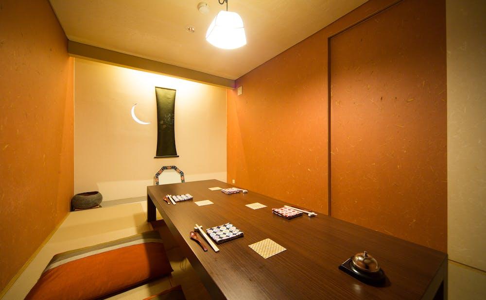 鮨 銀座 天川の個室