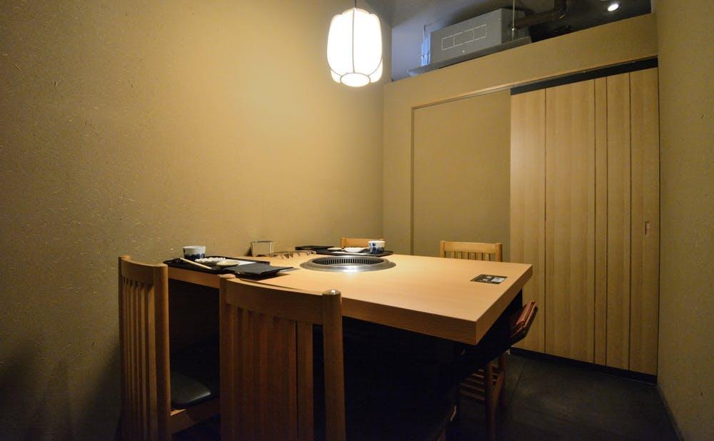 日本焼肉 はせ川 銀座店の個室