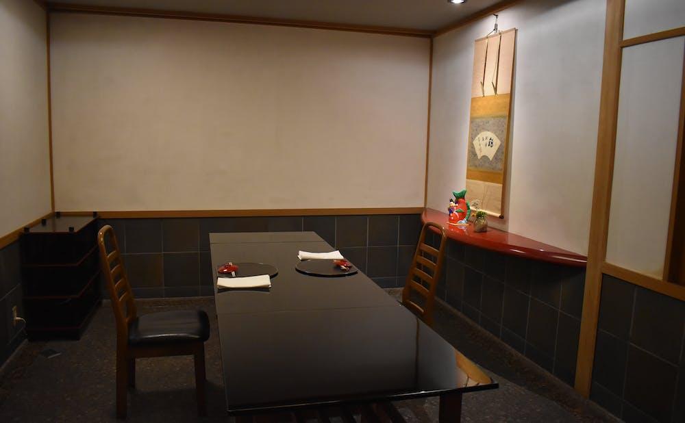 「柏屋」の個室