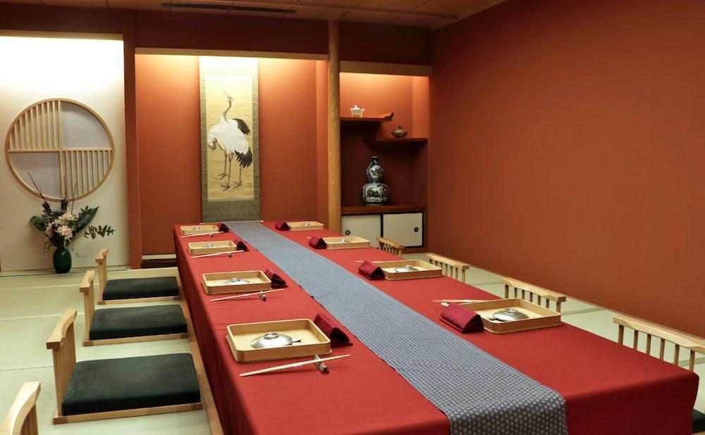 「赤坂 にのまえ」の個室