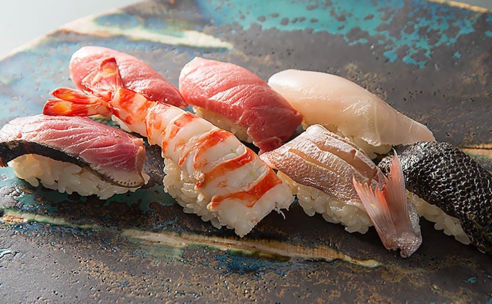 第三春美鮨の鮨