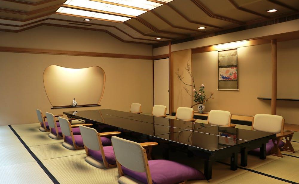 赤坂浅田の個室