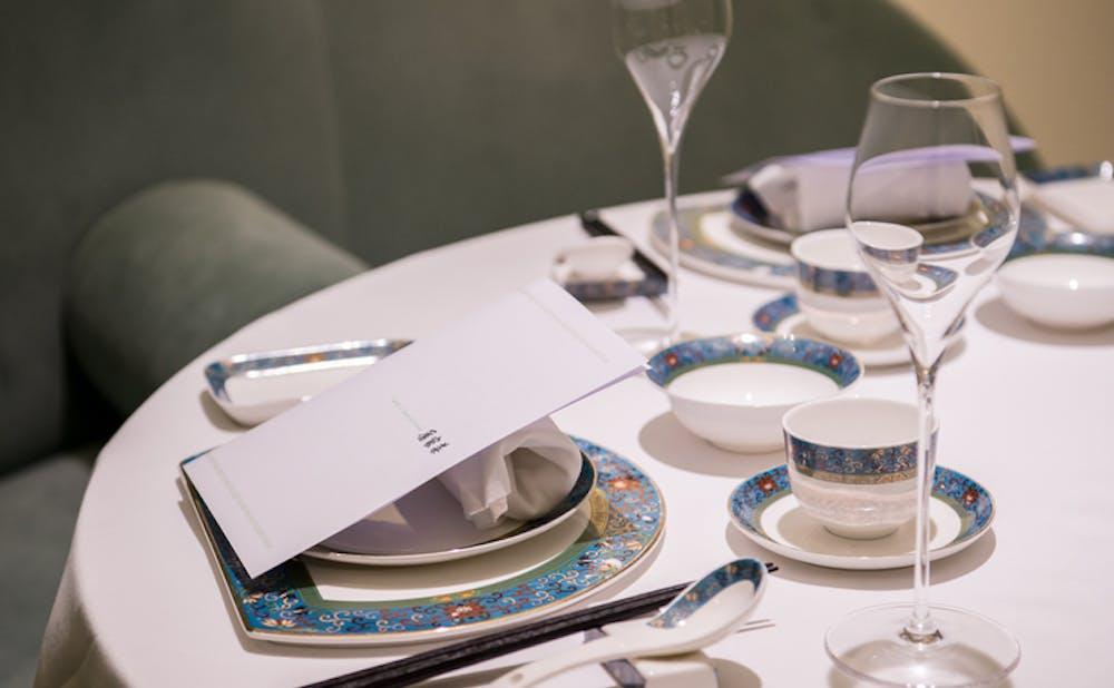 レイ家菜 銀座のテーブル