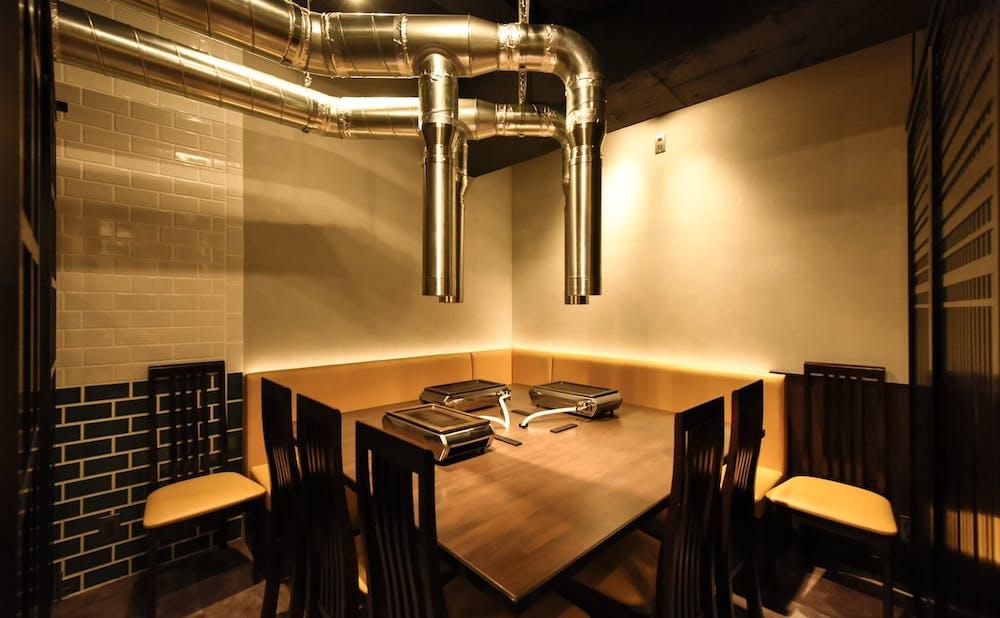 銀座 焼肉 ハチイチの換気性抜群の個室