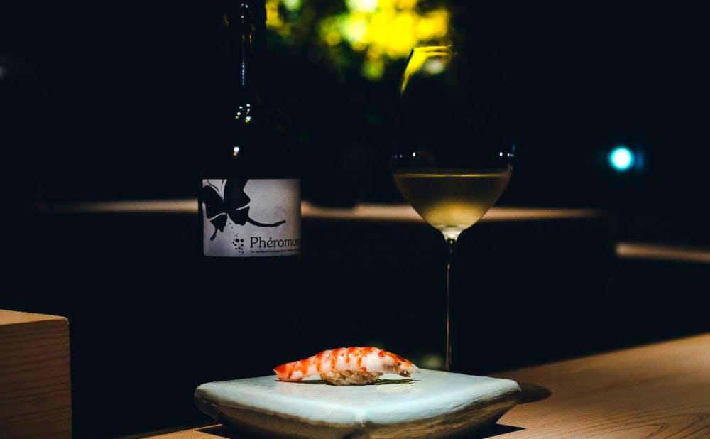 鮨と飲み物のマリアージュを堪能,東京でペアリングを楽しむ鮨の名店5選