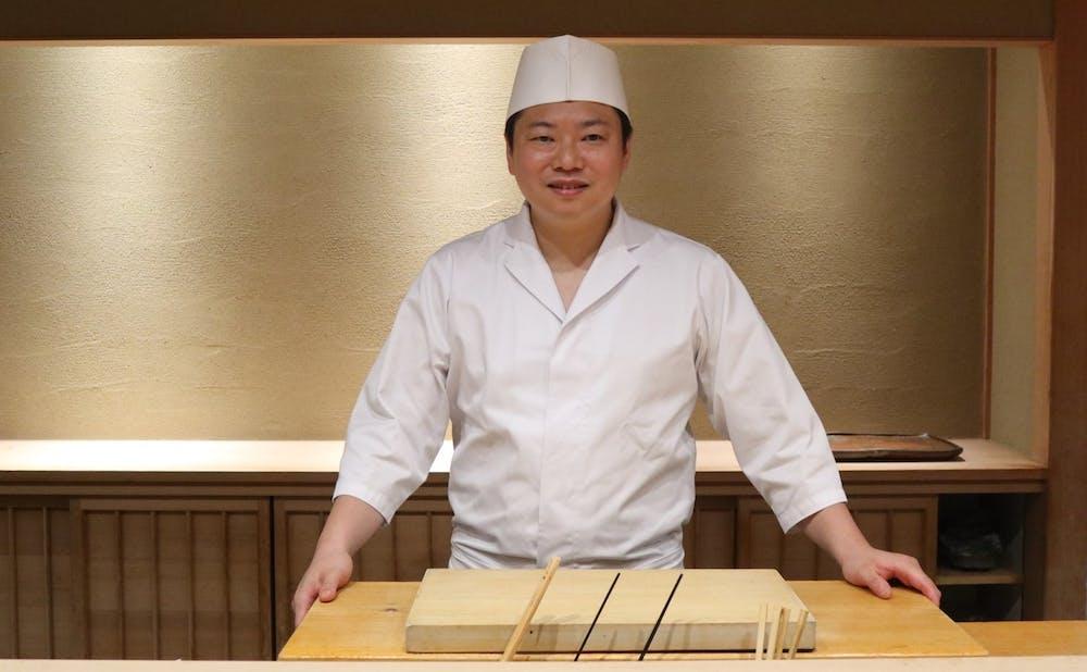 小倉「寿司つばさ」黄丹翼氏インタビュー。華やかな伝統を繋ぐ「小倉前」の魅力