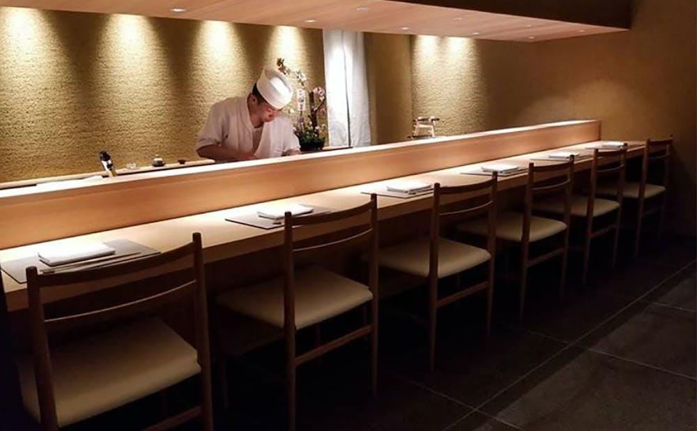 知る人ぞ知る、看板のない東京の隠れ家レストラン2選